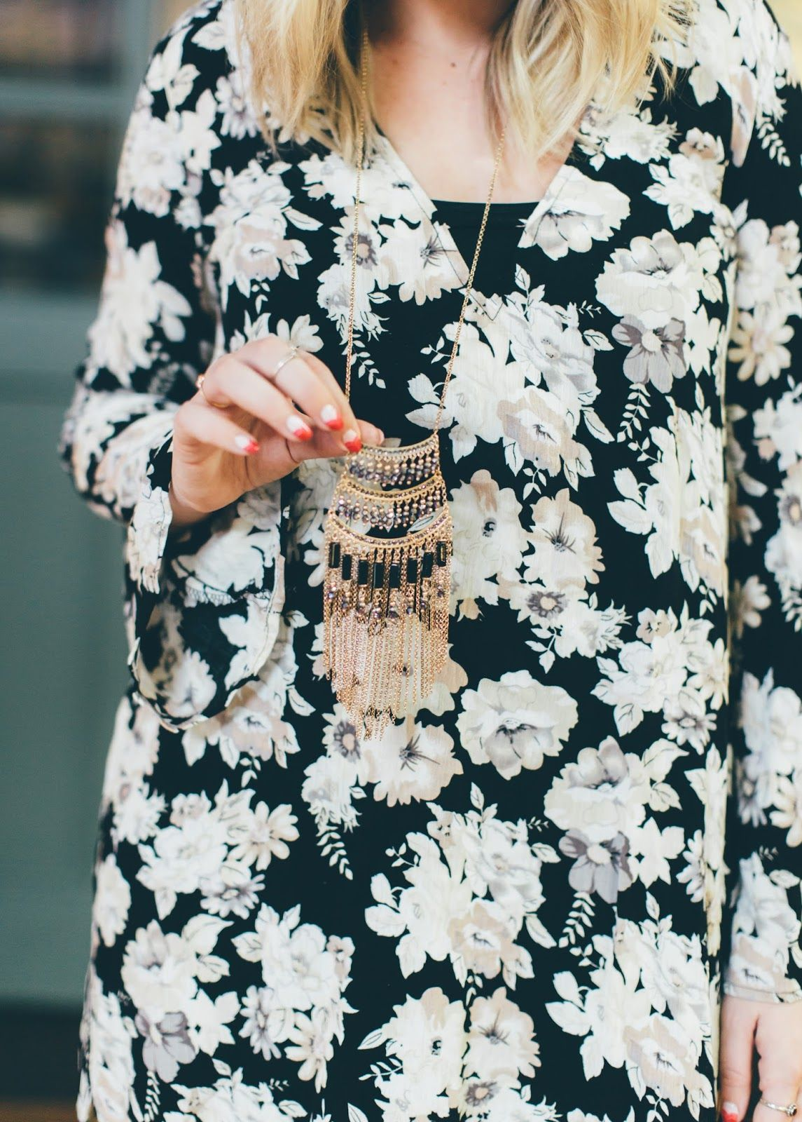 Goldies tunic style u wiwt link up postpartum outfits floral