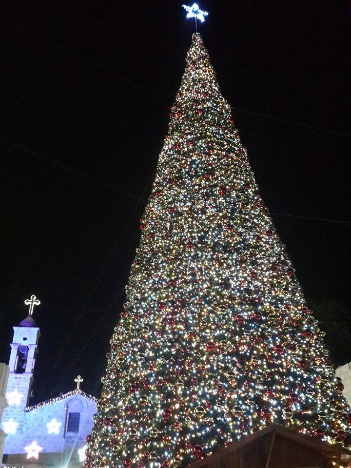 Merry Christmas To Everybody From Nazareth Joy To The World Christmas Lights American Cities