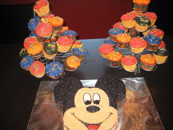 Mickey Mouse Cake and Clubhouse Cupcakes