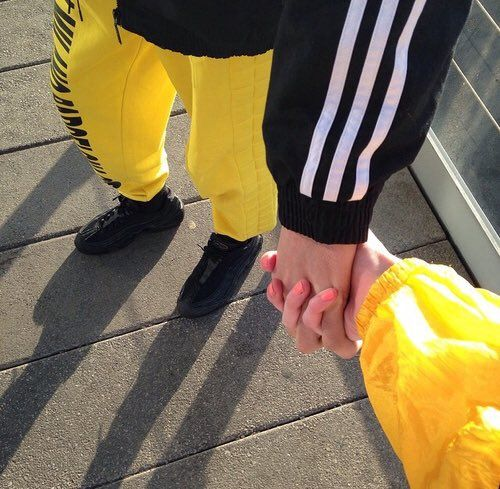 @ Howlovesme [Aesthetic] #couple #yellow (With Images
