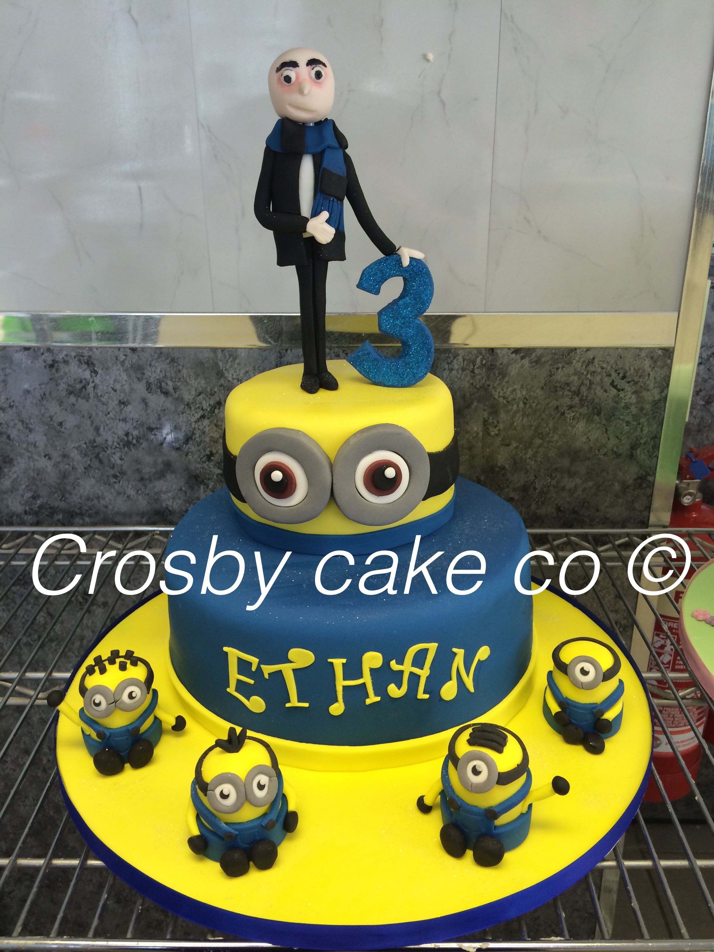 Gru And Deable Me Cake