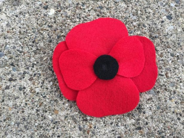 How To Make Felt Poppies | Projects to Try | Easy fabric
