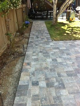 Old Town Pattern Backyard Paver Patio With Walking Path