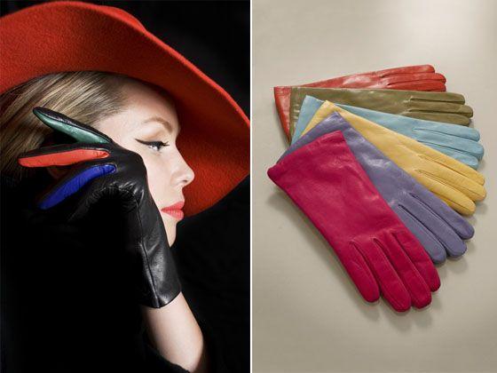 12/5Sermoneta gloves: 今まで自分のサイズは7だと思っていましたが6.5の方が様になることを発見。お客様には「ワンサイズ下がいいんじゃない?」とアドハイスする事の多々ある私としたことが、グローブに関しては昨年までワンサイズ大きめ、やっちゃっていたんだわ!革手袋は、ピチピチぐらいがセクシー。