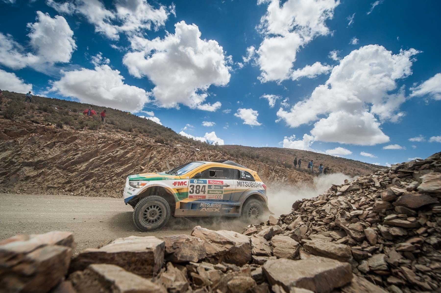 Rally Dakar chega à reta final e Equipe Mitsubishi Petrobras enfrenta quase 1.000 km Dupla João Franciosi e Gustavo Gugelmin passa por dias de muita superação e desafios na maior prova off-road do mundo Na reta final, o Rally Dakar ficou ainda mais difícil e imprevisível. A dupla da Equipe Mitsubishi Petrobras, João Franciosi e […]