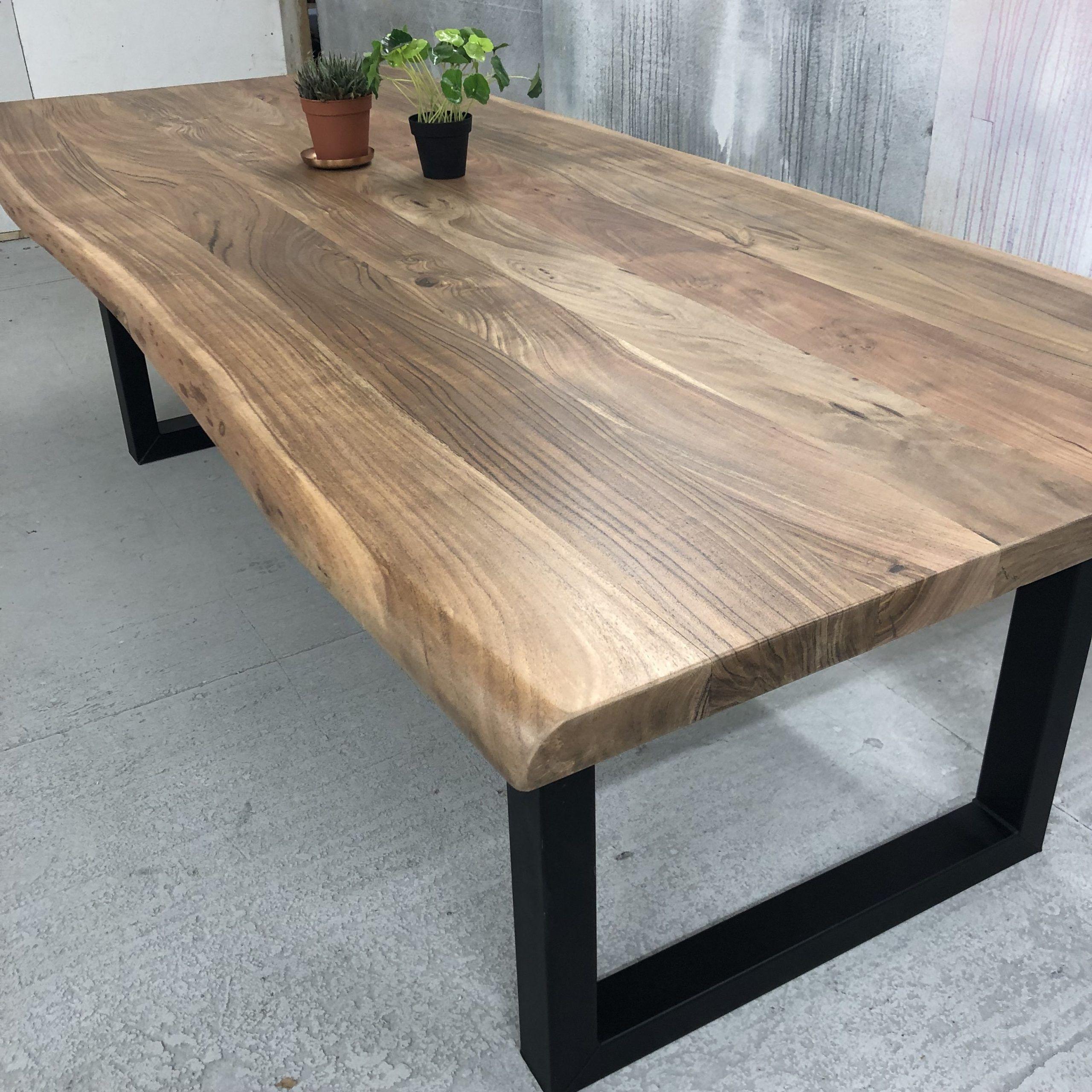 Baumstamm Tisch In 2020 Esstisch Modern Baumstamm Tisch Tisch