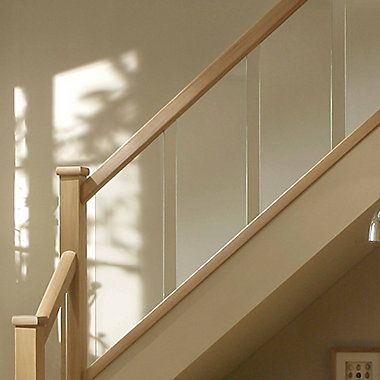Best Reflections Contemporary Oak Grooved Handrail L 2 4M W 400 x 300