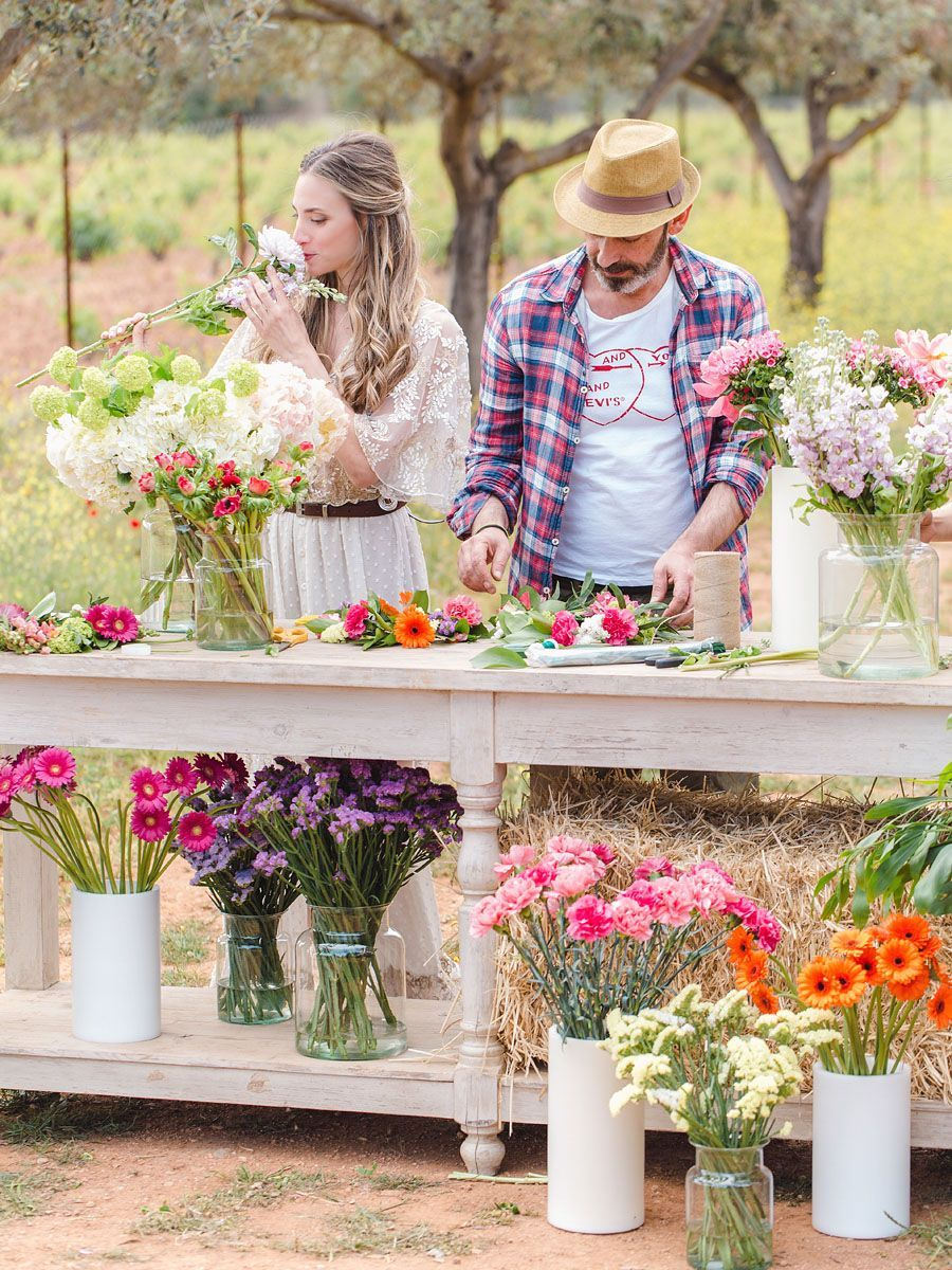 Design your own wedding dress for fun  Flower Farm Bachelorette Party  fun and fresh bachelorette party