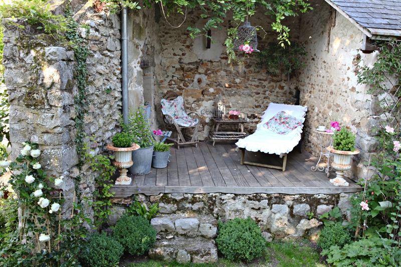 au jardin grange de charme jardin exterieur pinterest le jardin grange et jardins. Black Bedroom Furniture Sets. Home Design Ideas