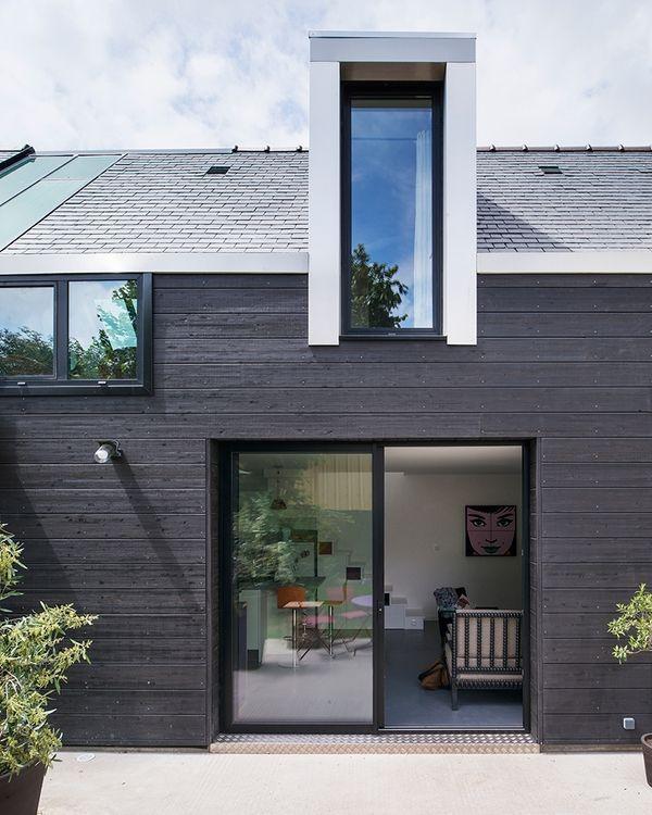 Charmante maison bois contemporaine dans un quartier résidentiel de - facade de maison contemporaine