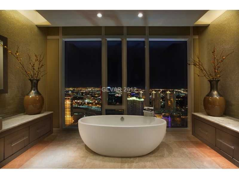 Cosmopolitan Las Vegas Terrace One Bedroom Fountain View Minimalist Remodelling japanese soaking tub overlooking the strip in a 3 bedroom, 3.5