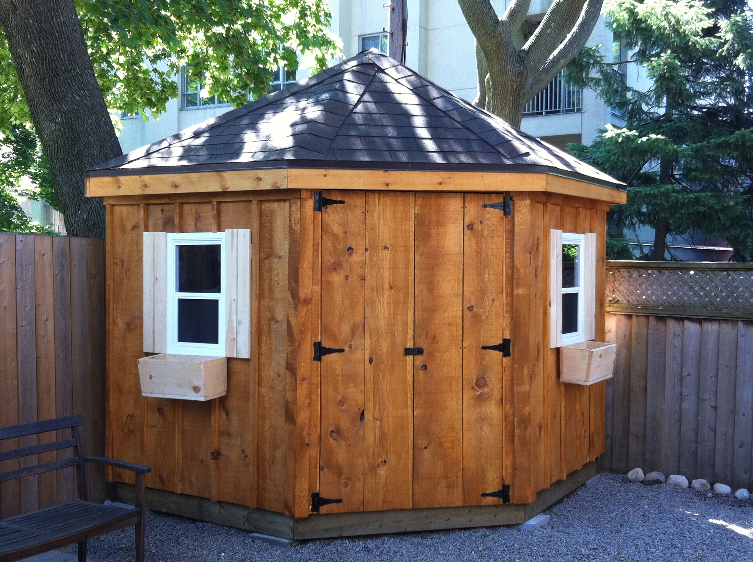 The Corner Shed Is A Common Shed That Fits Well Into Many Small Yards In The Gta Description From Torontogardenshe Corner Sheds Diy Shed Plans Building A Shed