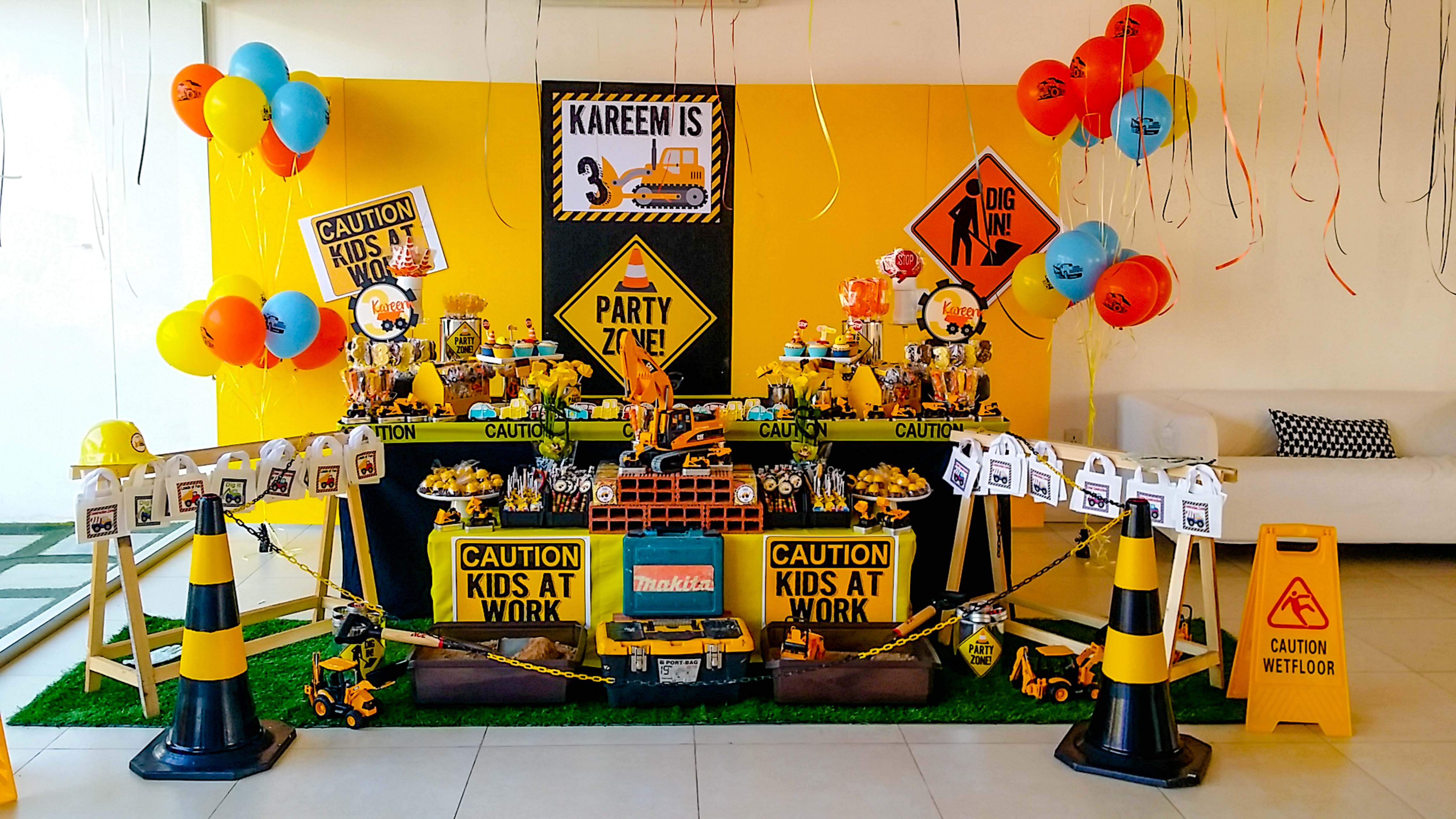 Amazing Construction Party Setup By Fantasyparty Littlebuilders Fantasyp Cars Theme Birthday Party Construction Birthday Theme Construction Birthday Parties