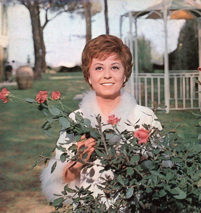 Giulietta Masina in Giulietta de los espíritus (1965) | Cine ...