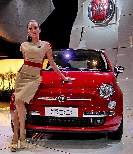 Si Unik Fiat 500 @ IIMS 2013