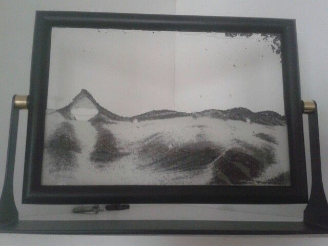 moving sand frame flip it over and it makes a whole new design gift - Moving Picture Frame