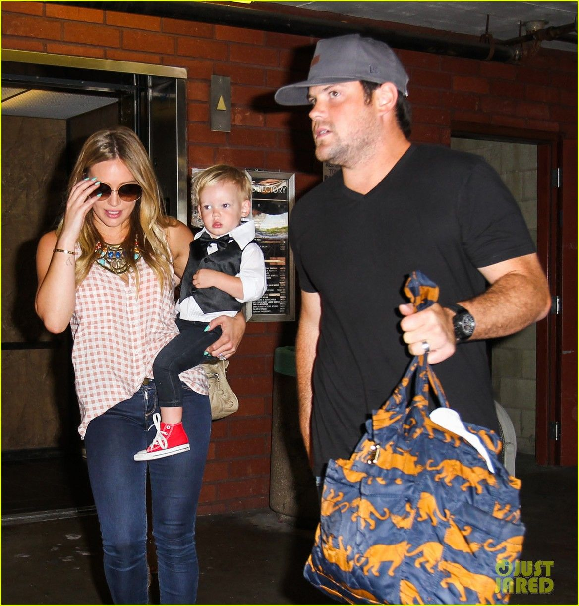 Hilary Duff and her son Luca exit his final Babies First Class on July 24, 2013