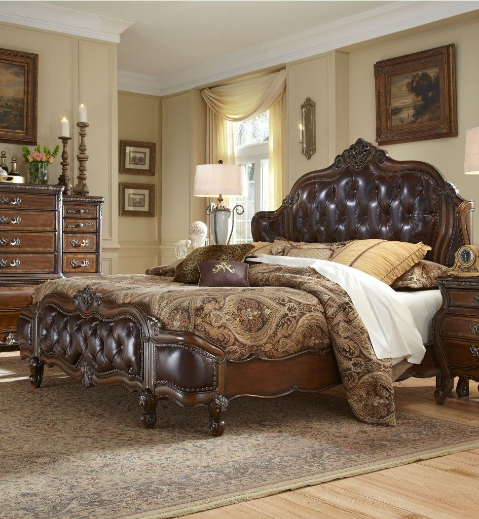 Homey Design Royal Kingdom HD-7012 Bed