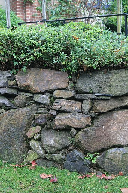 Dry-laid stone retaining wall detail | Flickr - Photo Sharing!