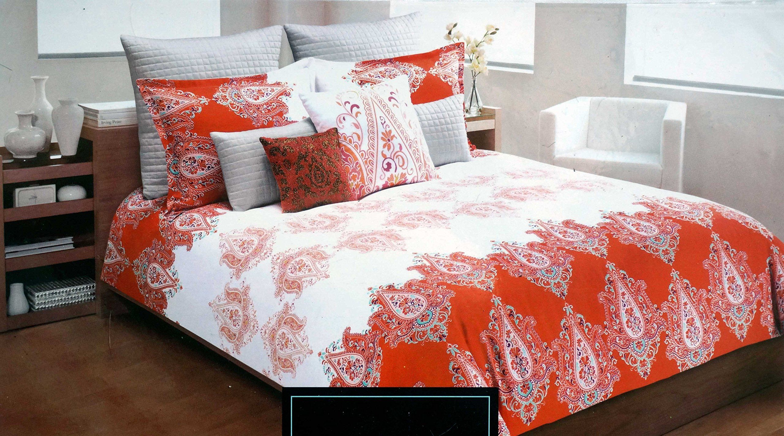 Cynthia Rowley Bedding 3pc FULL / QUEEN Duvet Cover Set Orange And Teal  Paisley Medallions On An Orange And White Background