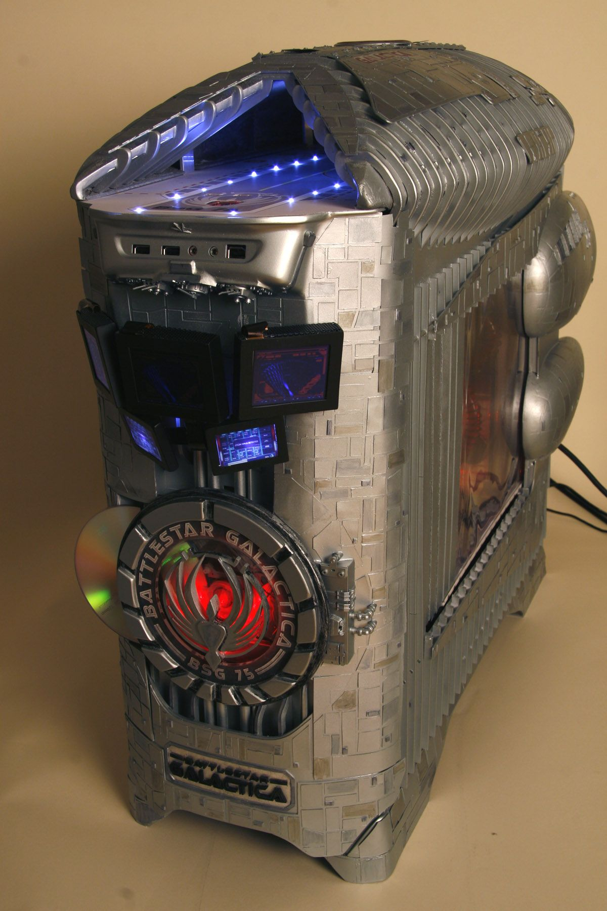 Battlestar Galactica Masterful Pc Case Mod By Brian Carter