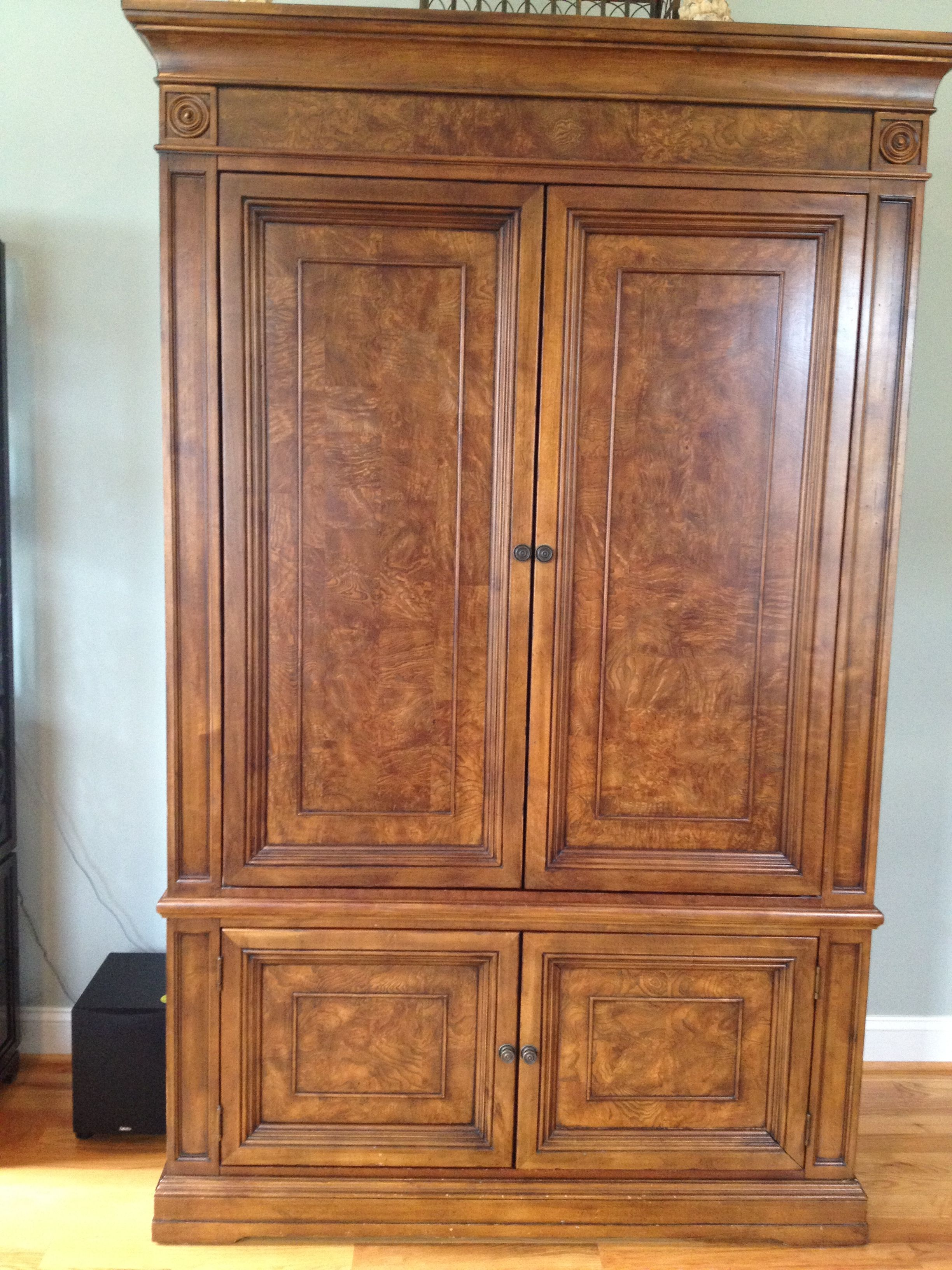 Ethan Allen Townhouse Entertainment Armoire