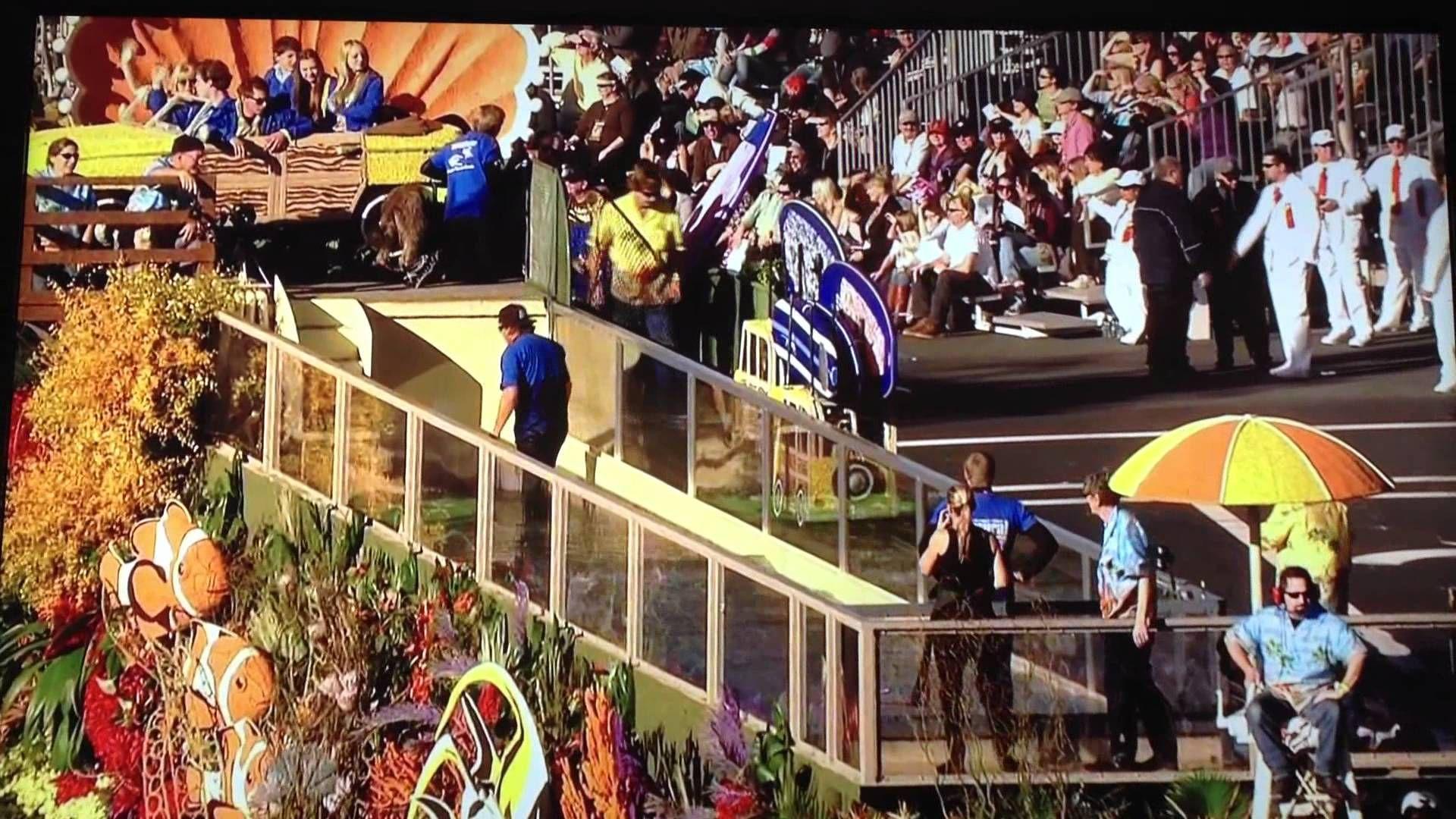 Surfing Dog Rose Bowl Parade Float With Images Rose Bowl