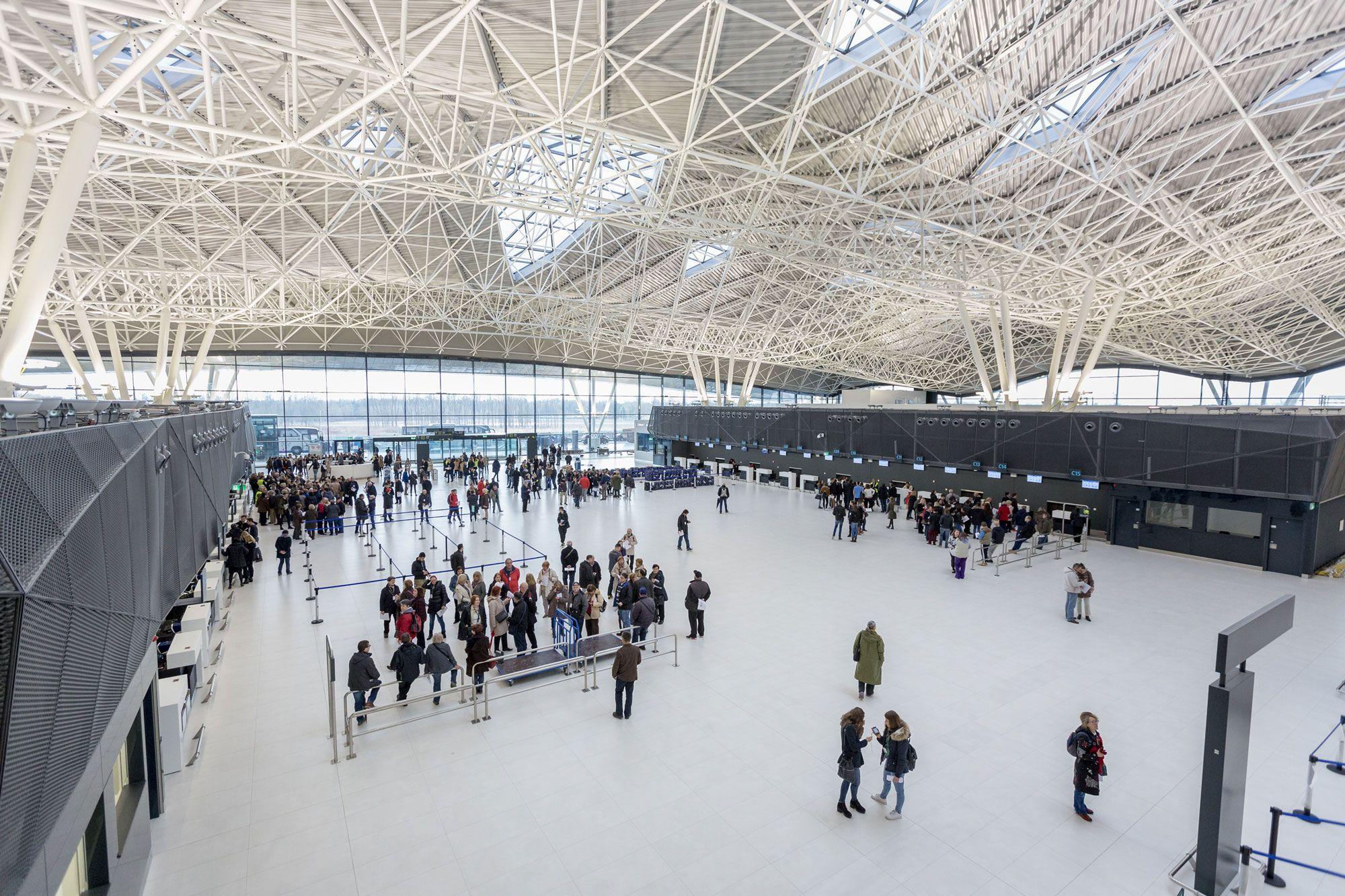 Dach Mit Welle Zagreb International Airport Zagreb Dach Wellen
