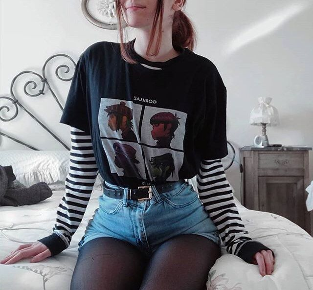 "Noise Grrrl on Instagram: ""☆ ☆ ☆ #gorillaz #blur #grunge #grungegirl #grungestyle #grungefashion #grungeoutfit #alternative #alternativefashion #alternativegirl…"""