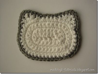 How to crochet a hello kitty face for applique or granny square
