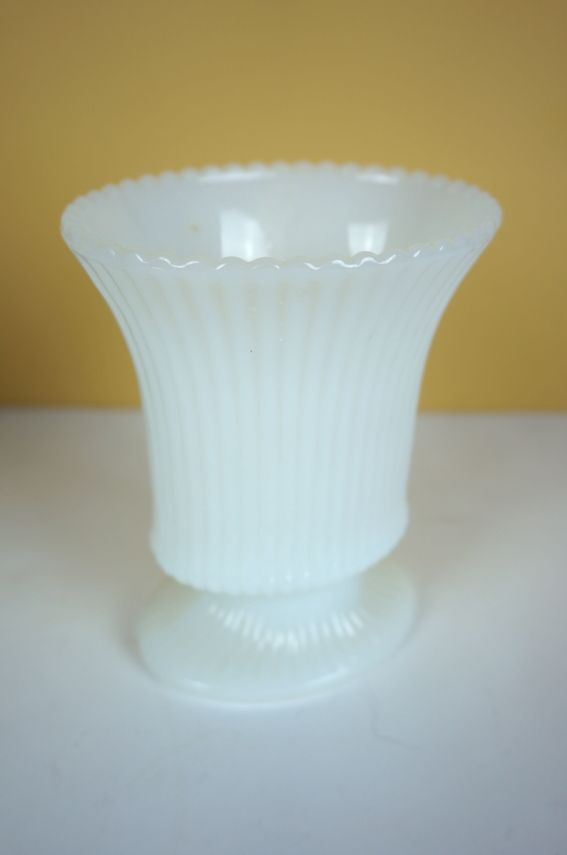 E O Brody Co Milk Glass Vases Pinterest Milk Glass Glass And