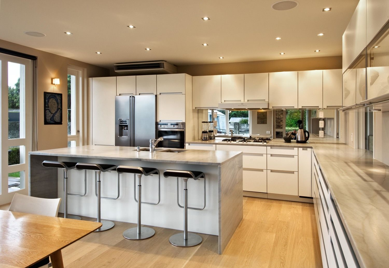 Paraparaumu Poggenpohl Kitchen. Design by Damian Hannah from German ...