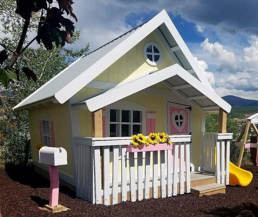 Imagine That Playhouses The Big Playhouse Xxl Play Houses Big Playhouses Door Upgrade