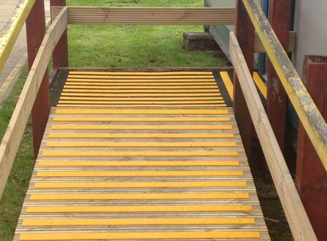 Best 4 Slippery Wooden Ramps With Gritted Decking Strips 640 x 480