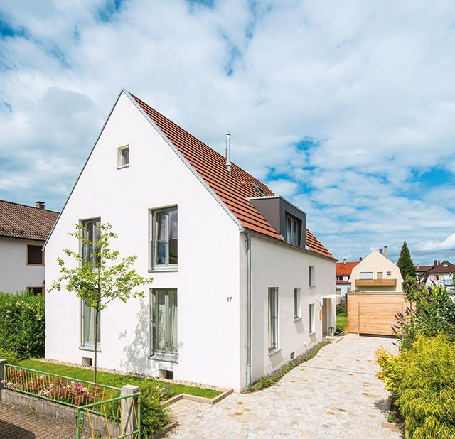 Old housing estate becomes a simple beauty  Architektur