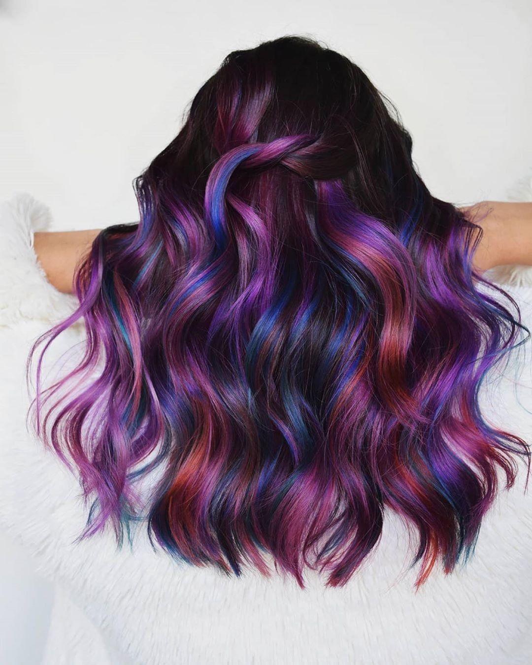 Pin oleh Nonie Chang di Dyed Hair di 2020 Gaya rambut