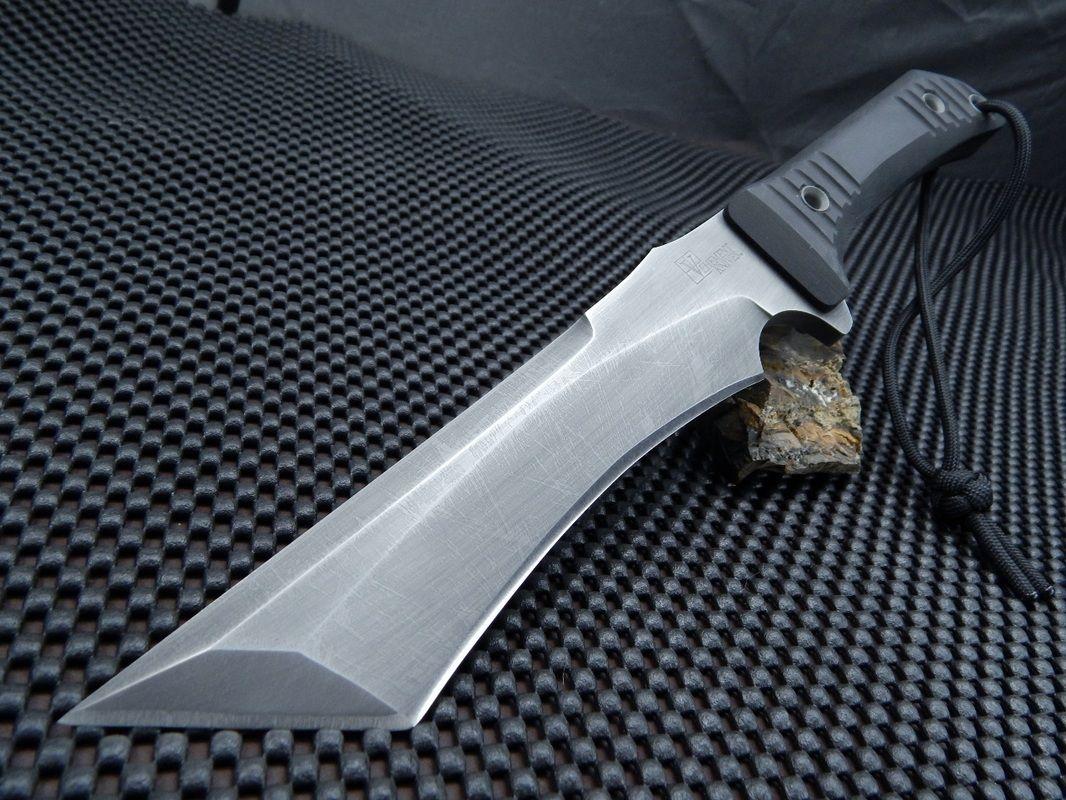 Vehement Knives' Vehemoth