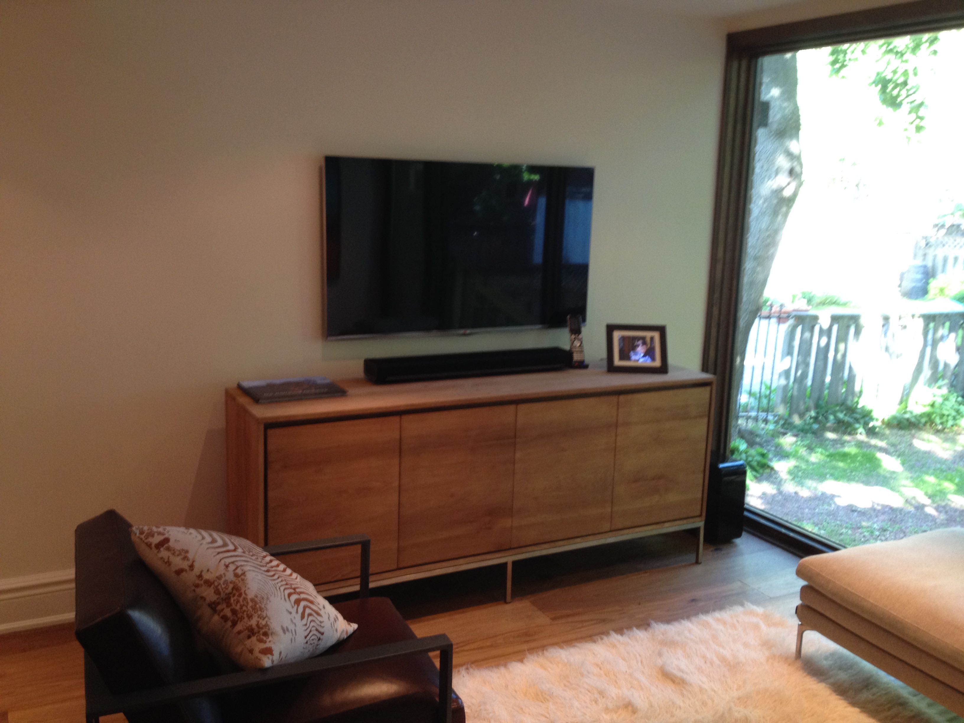 Wall Media Cabinet Sonos Playbar Sitting On Media Cabinet With 55 Samsung Tv Wall