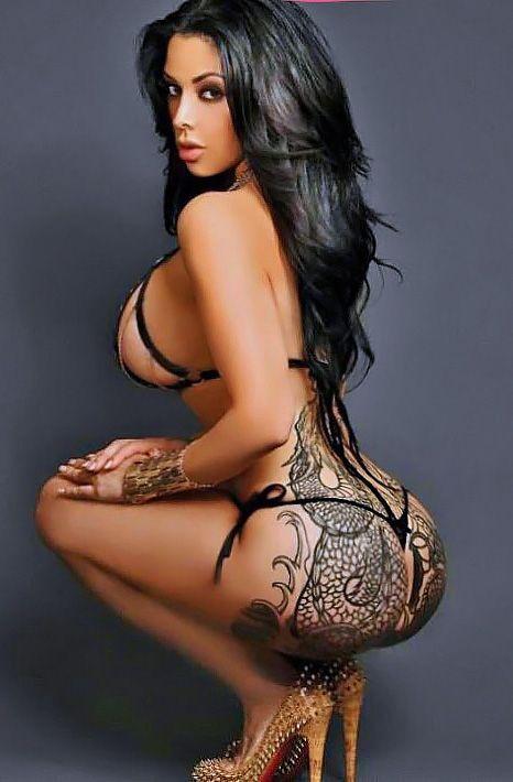 nude sexy tattoo babe