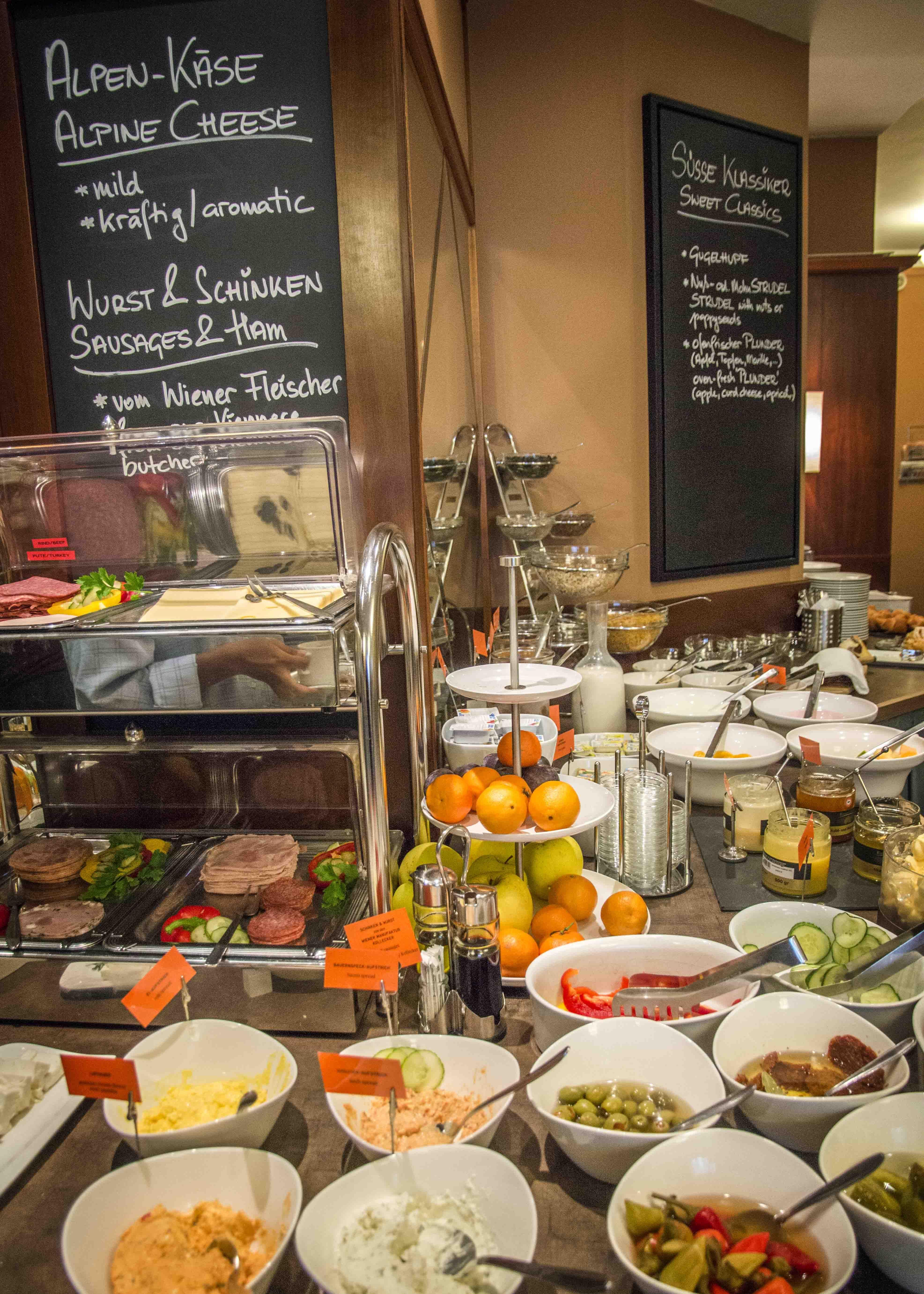 Wiener Frühstücksbuffet im Das Capri