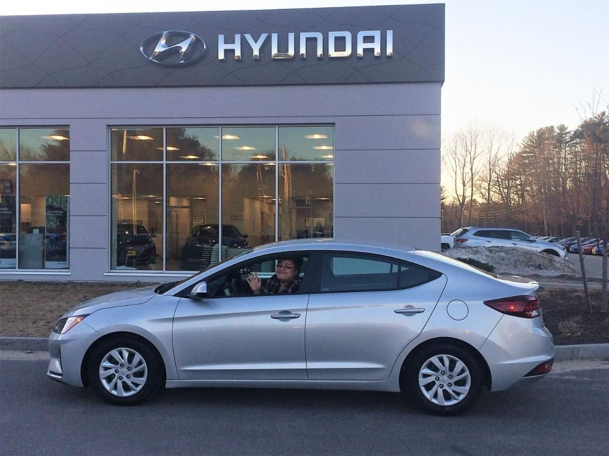 Another Hyundai Elantra Found Its Happy Forever Home Caitlyn From Sopo Came In For Her Brand New 2019 Hyundai Elantra With Th Hyundai Elantra Hyundai Elantra