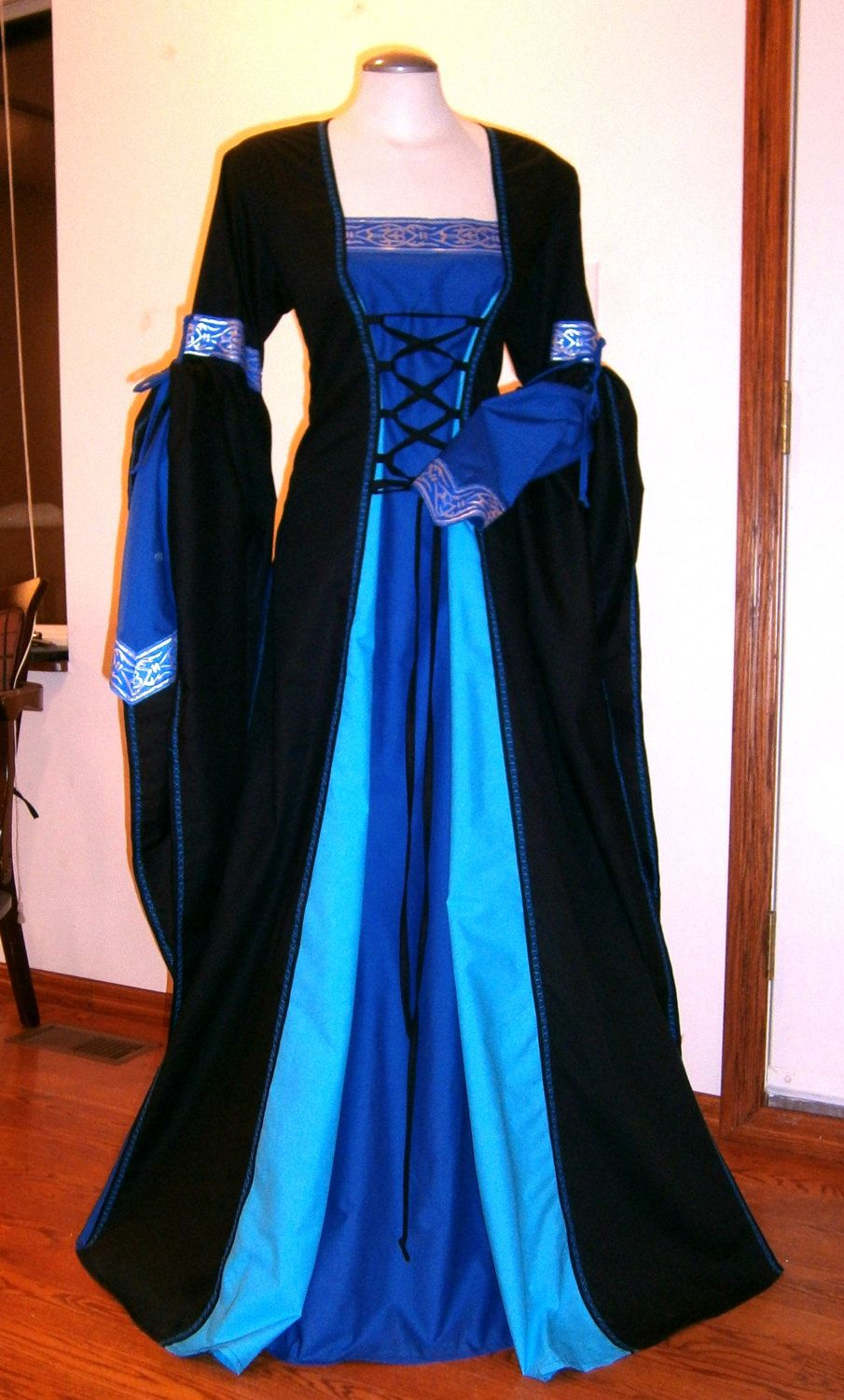 Medieval Dress Renaissance Gown Larp And Fantasy Wedding Custom