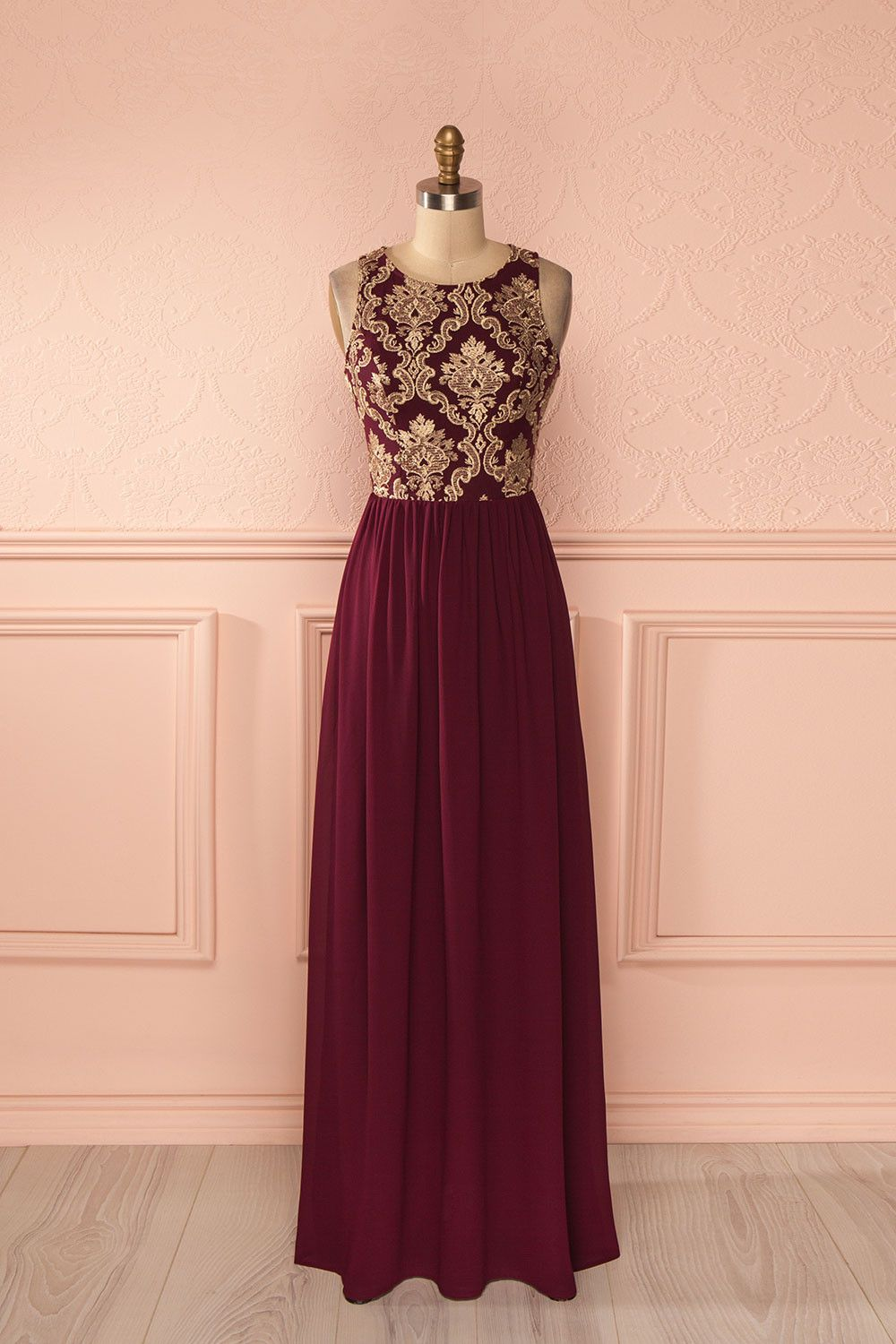 Lorsque les violons chantent, les coeurs dansent en harmonie.  When violins sing, hearts dance in harmony.  Burgundy and gold embroidered maxi dress www.1861.ca