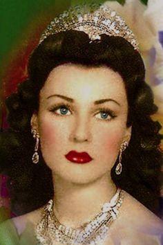 Pin By Ca Gunjan Mittal On Legendary Beauties Fawzia Fuad Of Egypt Beauty Egypt