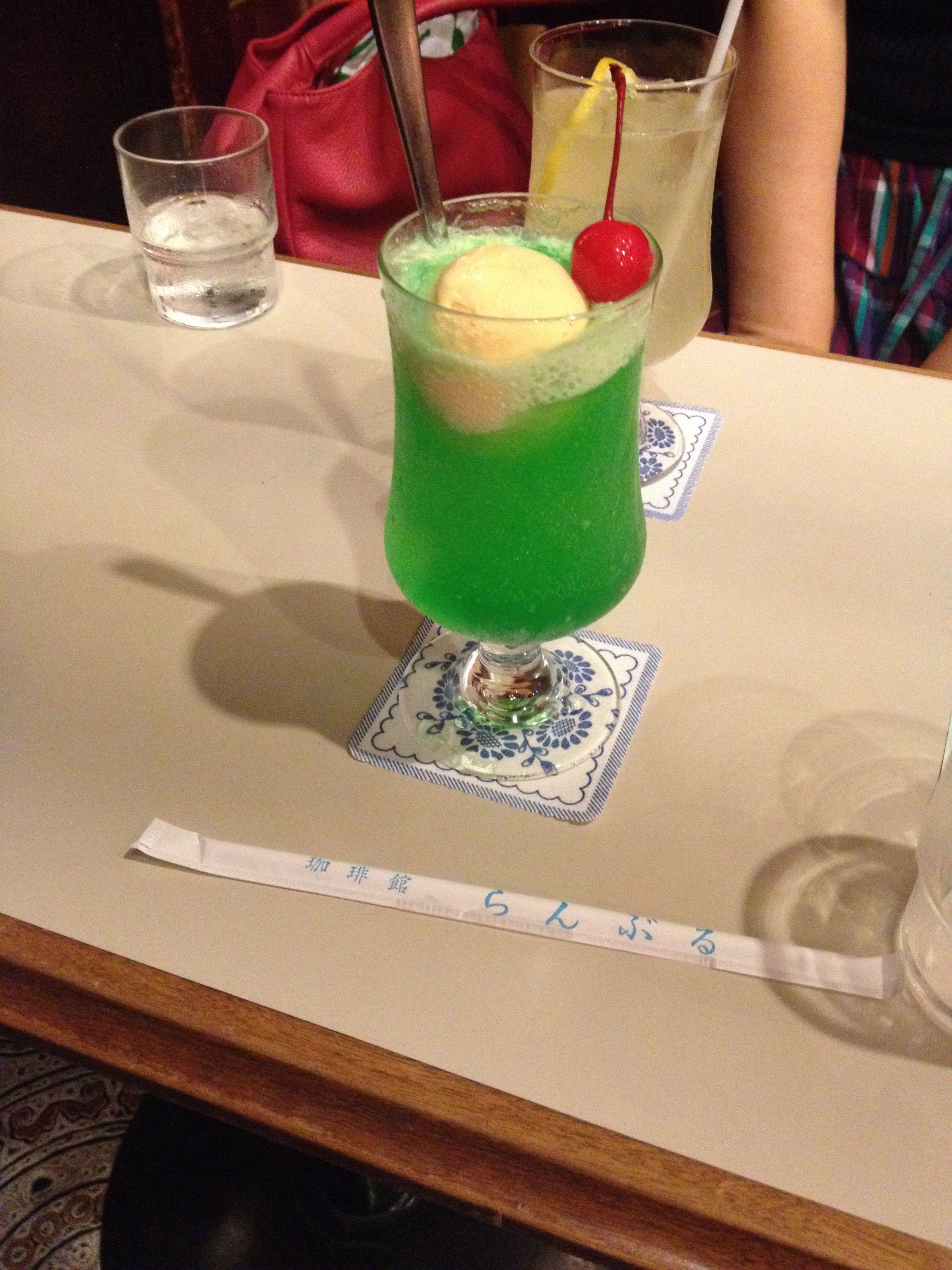 新宿 喫茶店らんぶるのクリームソーダ クリームソーダ 喫茶店 メニュー 新宿 喫茶店