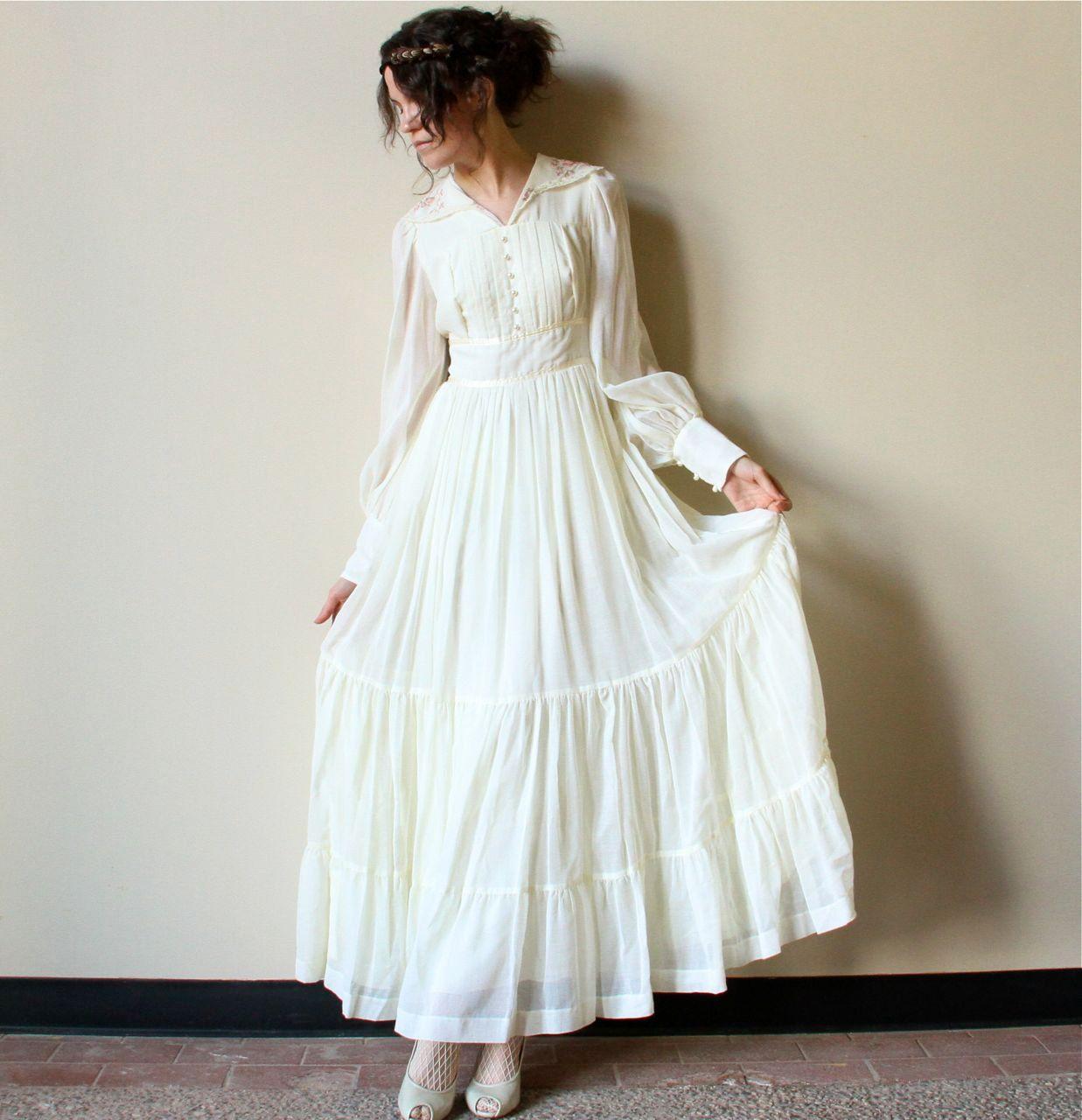 Matrimonio Bohemien Qr Code : S gunne sax boho wedding dress vintage ivory bone off