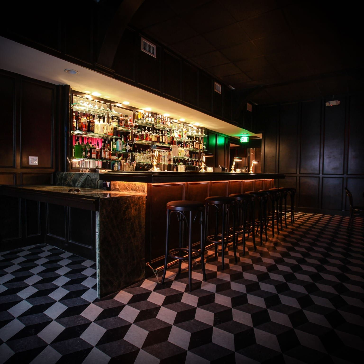 Live Music Venue Bar Located In The Heart Of Hollywood Los Angeles Ca Event Peerspace Music Venue Venues New York Bar