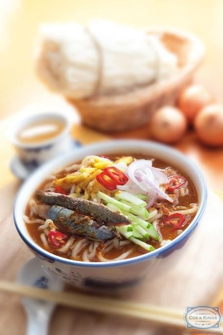 A North Malaysian Specialty The Asam Laksa Is Extremely Popular And Every Region In Malaysia Has Its Own Ver Asian Food Photography Asian Recipes Tasty Dishes