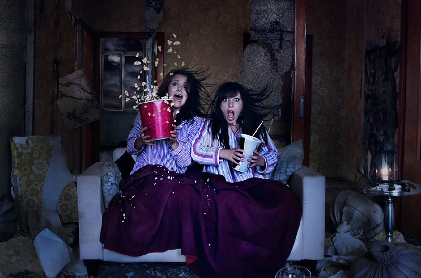13 Scary Movies To Watch On Halloween Night - Strong advocates for horror  movie nights on the couch, wh… | Scary movies to watch, Good movies to  watch, Scary movies