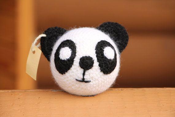 Panda en crochet - Boutique: AGSITE, Etsy - La Fiancée du Panda blog Mariage et Lifestyle
